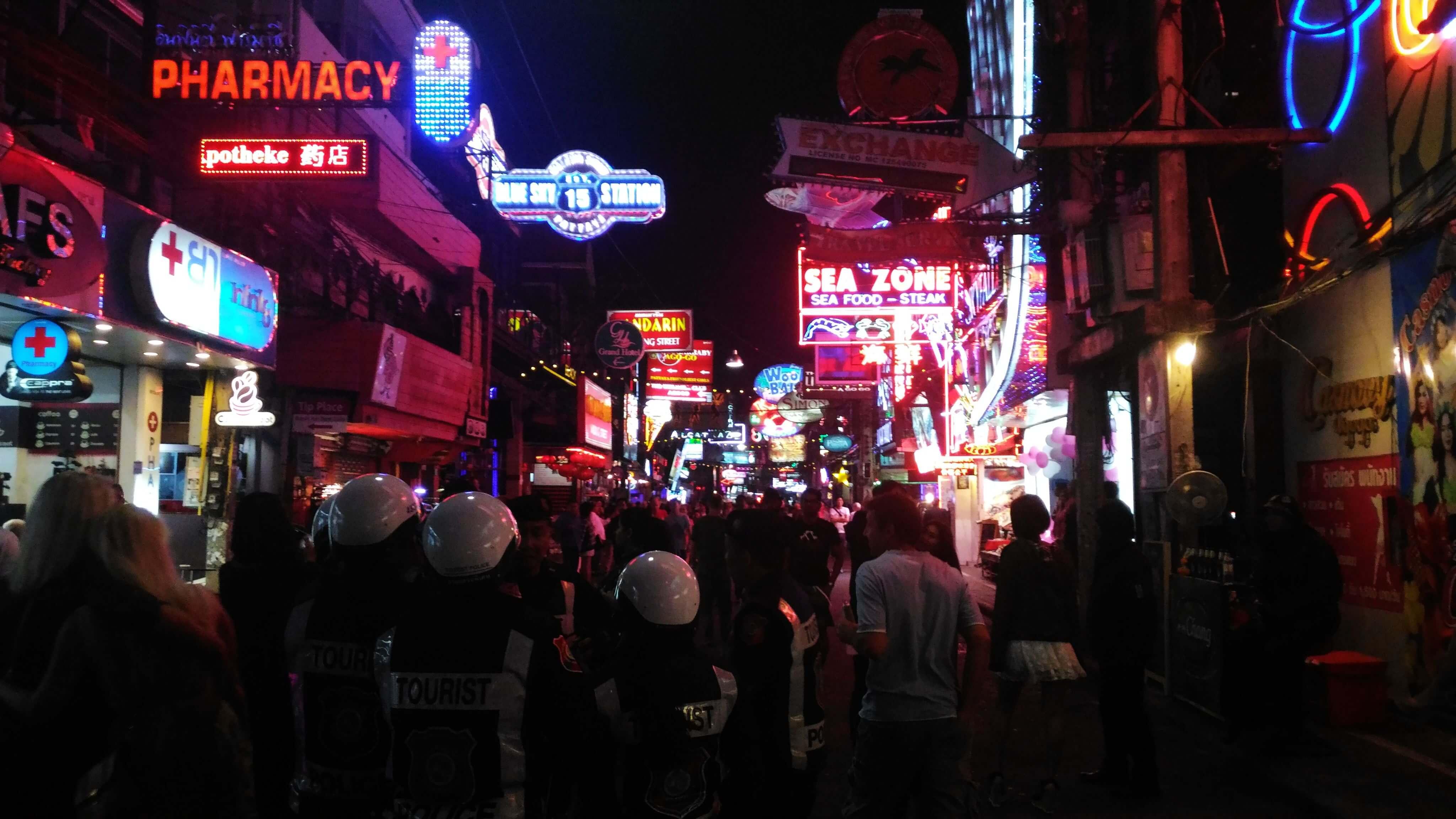 泰國|芭達雅 Pattaya|挑逗靈魂之夜