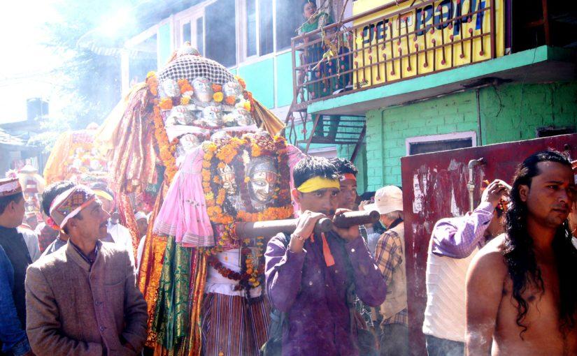 印度|Kullu庫魯日記|闖入神秘慶典Dussehra