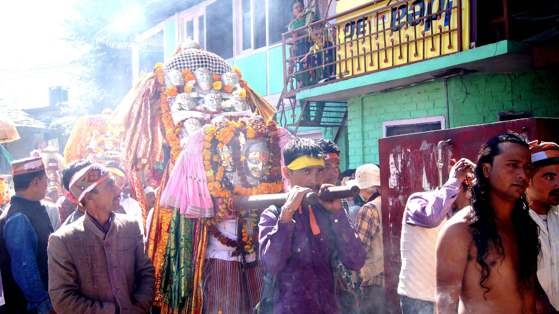 印度|庫魯 Kullu|闖入神秘慶典 Dussehra