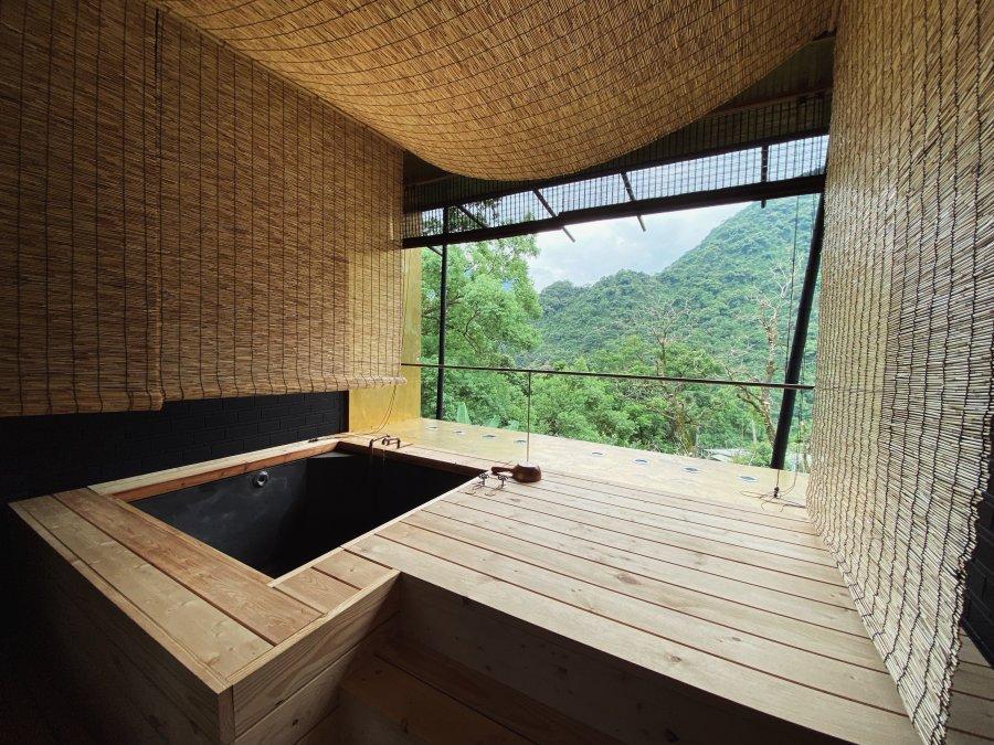 新北烏來|馥森阪治|深山裡的木質調溫泉秘湯